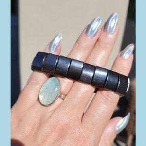Jewelry - Hematite Magnetic Stretch Bracelet New!
